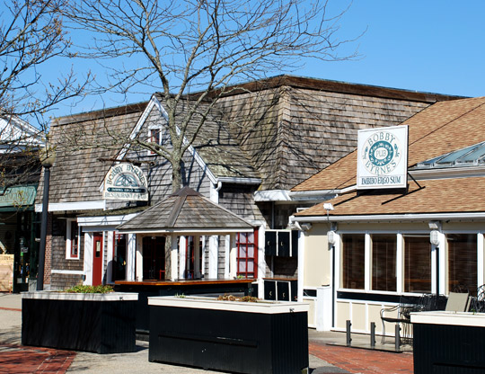 Bobby Byrne's Restaurant & Pub in Mashpee, Massachusetts