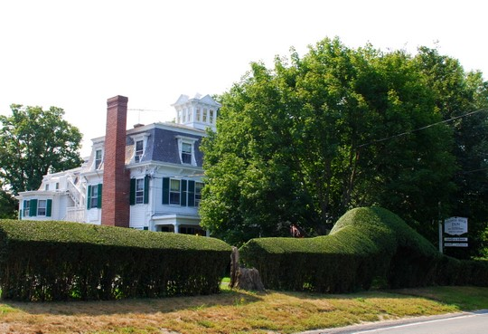 Colonial House Inn in Yarmouth Port, Massachusetts