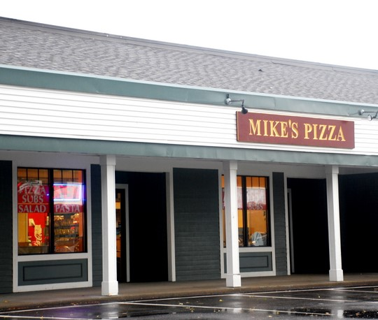 Mike's Pizza in Hyannis, Massachusetts