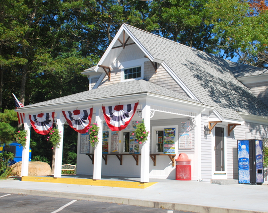 Twin Acres Ice Cream Shoppe in Sandwich, Massachusetts