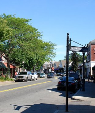 Downtown-Downtown Falmouth, Massachussets in Cape Cod (medium sized photo)