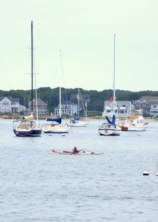 Kayaker in Hyannis' port-Kayaking in the marina in Hyannis, Massachussets (medium sized photo)